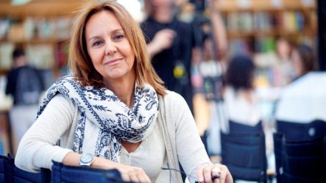 María Dueñas publicará