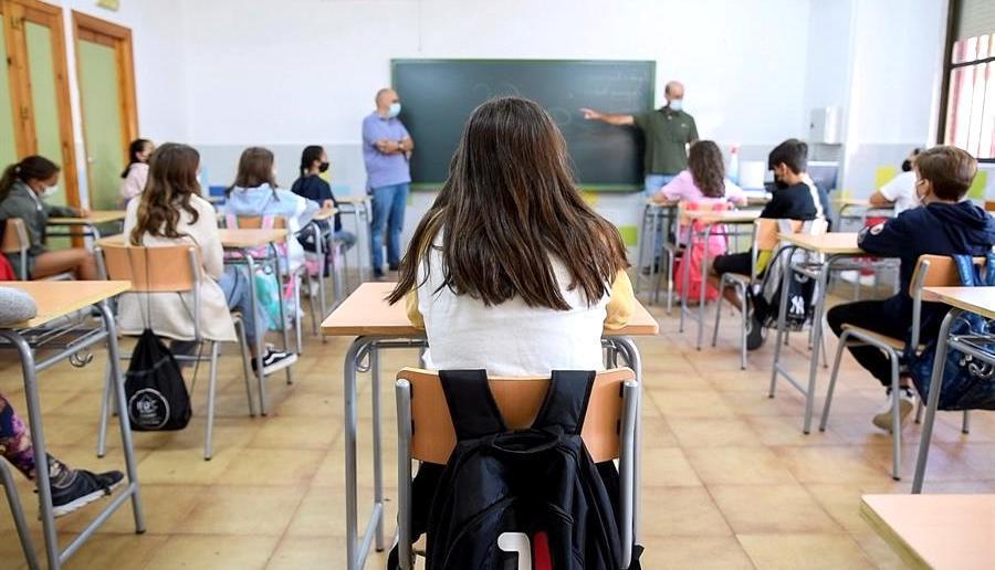 El 0,32% de las aulas de CLM están confinadas o con alguna medida por la covid-19