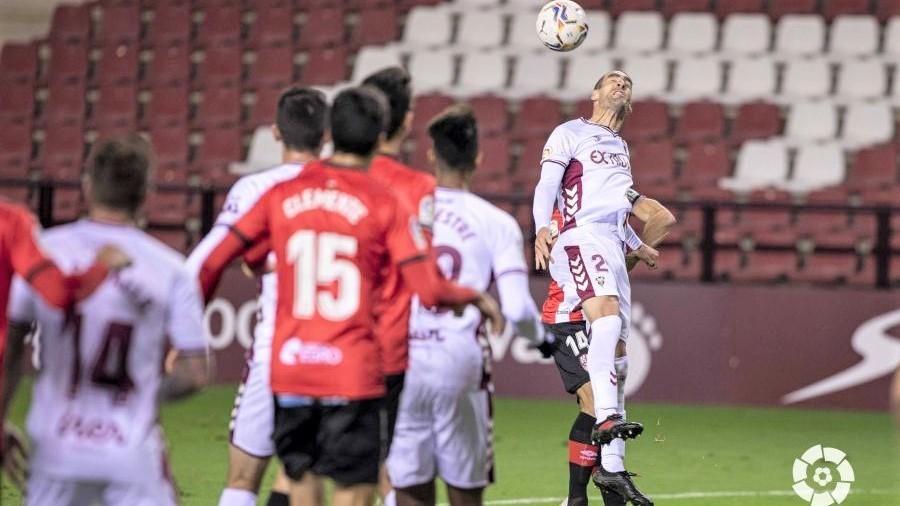 La UD Logroñés continúa la buena racha ante un Albacete sin pegada (2-0)