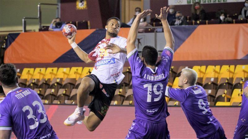 El Abanca Ademar vuelve a ganar en casa ante el Quabit Guadalajara (36-30)