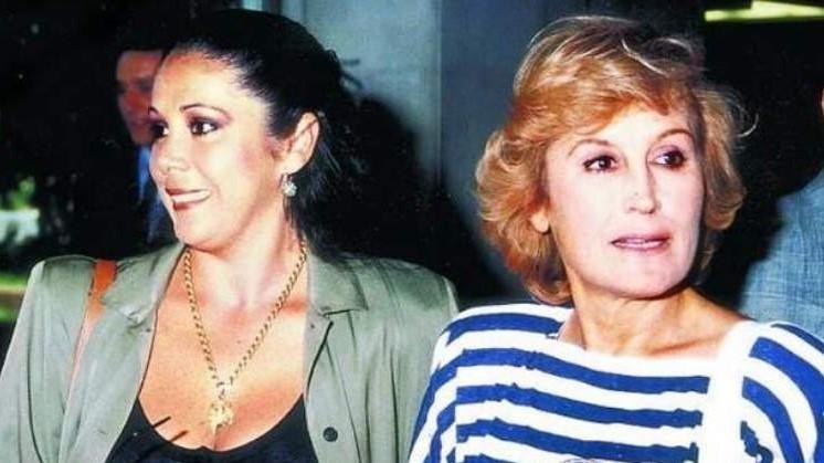El día que la madre de Isabel Pantoja pilló a su hija con Encarna Sánchez en una habitación