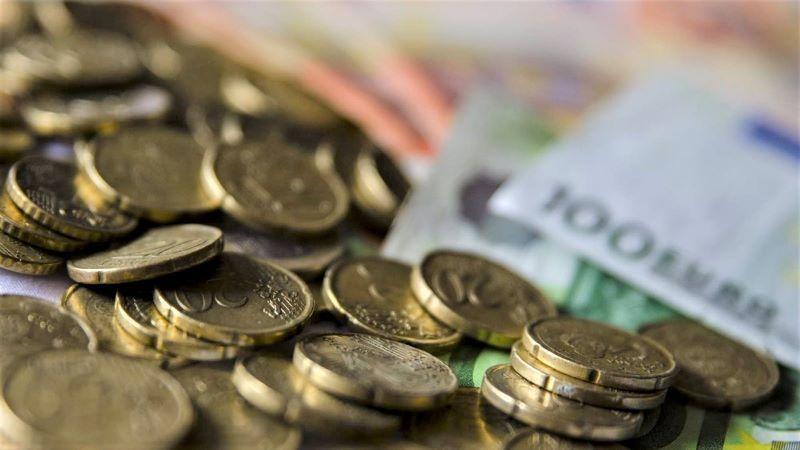 Consumo y CCAA ven injustificados los cambios en cuentas bancarias sin gastos