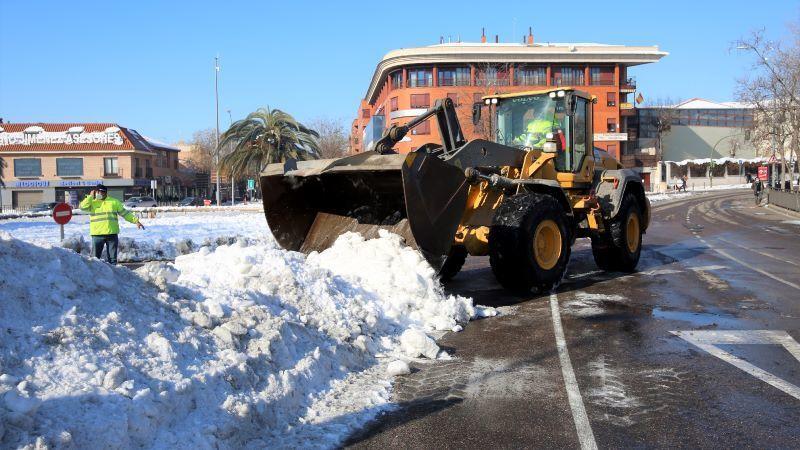 Toledo intensifica el acondicionamiento de paradas de autobús y aparcamientos
