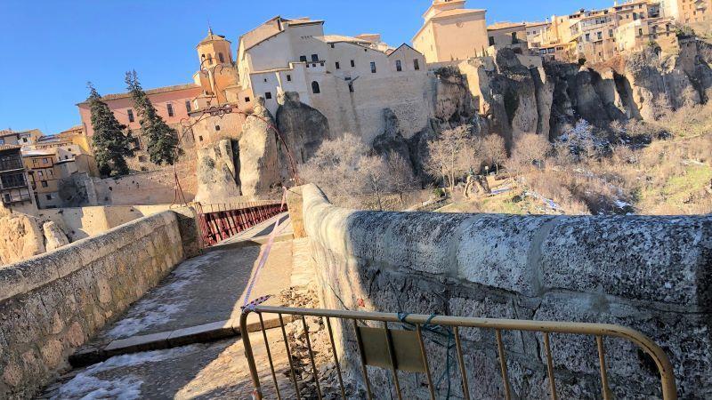 Empieza la obra para renovar y hacer accesible el puente de San Pablo, en Cuenca