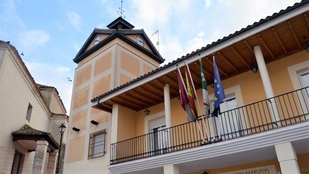 Piden inhabilitar a 6 exediles de Ontígola por fijar 1 euro de sueldo a la alcaldesa