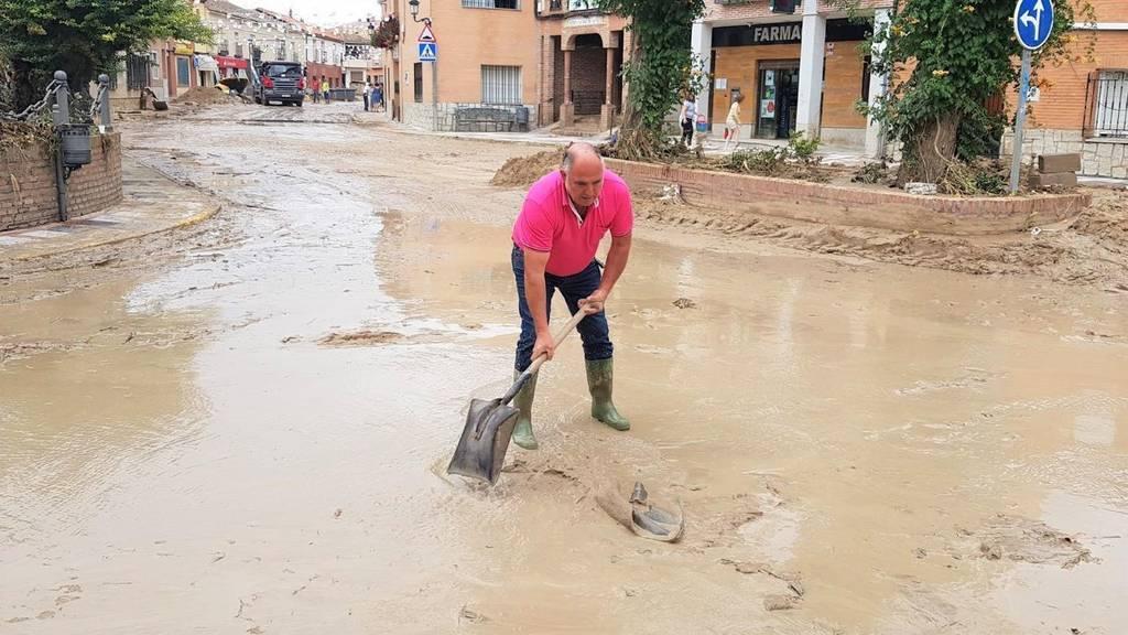 Cebolla se prepara ante 'Gaetán' retirando vehículos y con cámaras controlando el río