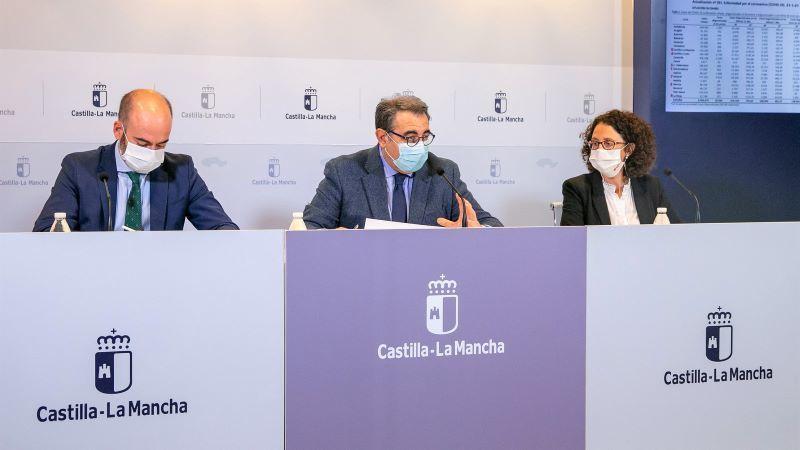 Castilla-La Mancha iniciará la vacunación de sanitarios privados la próxima semana