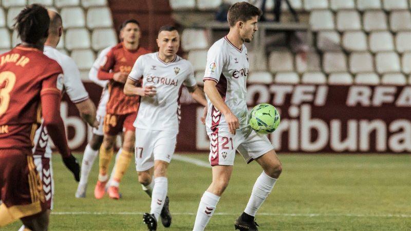 Agónico triunfo del Albacete ante el Zaragoza que se estrelló con los palos (1-0)