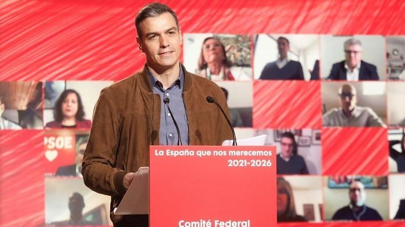 Sánchez marca distancia con Iglesias y reivindica al PSOE: