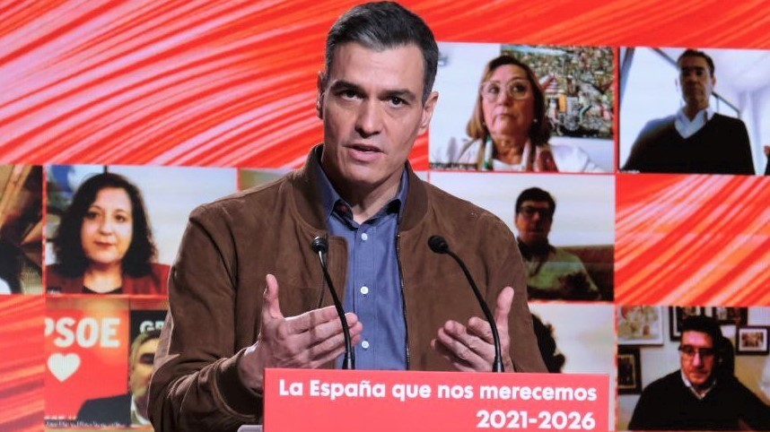 Sánchez espera un 70% de vacunados en verano mientras suben los contagios en toda España