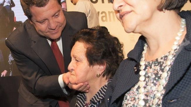 Muere Gregoria Sánchez, madre del presidente de CLM, Emiliano García-Page