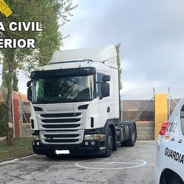 La Guardia Civil detiene a un camionero por multiplicar 7 veces la tasa de alcohol