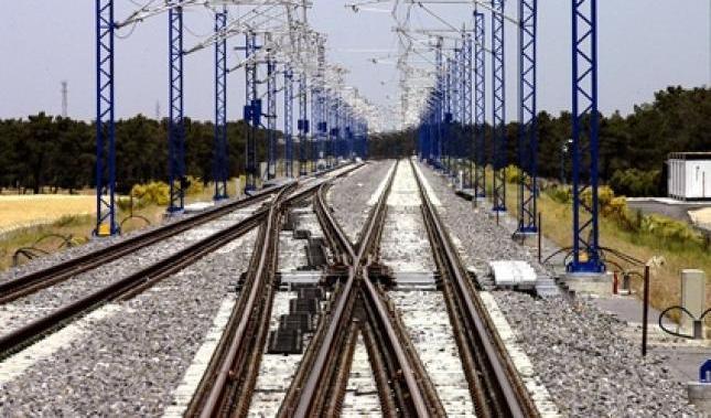 Muere una mujer tras caer accidentalmente a las vías del tren cuando bajaba del convoy