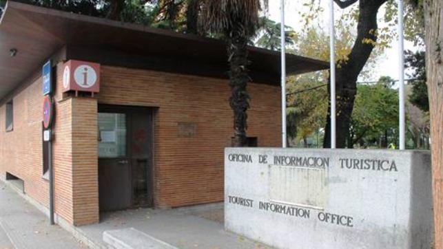 La oficina de turismo de bisagra abrir el jueves y for Oficina de turismo de toledo capital