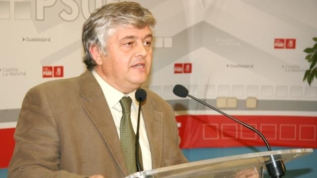 Psoe critica que la junta mantenga cerrada la oficina for Oficina comarcal agraria