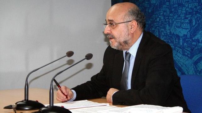 Toledo critica a la junta por no abrir oficinas de turismo for Oficina turismo toledo