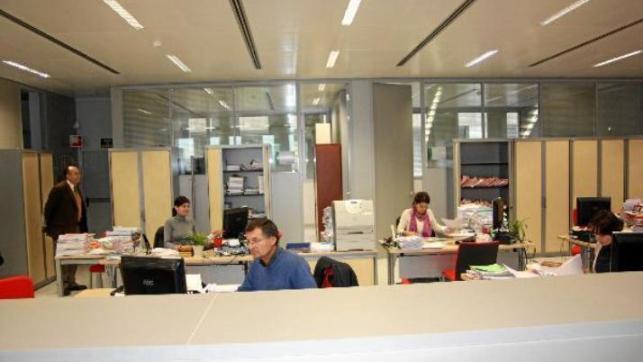 Firmado el nuevo convenio colectivo de oficinas y for Convenio colectivo oficinas y despachos zaragoza