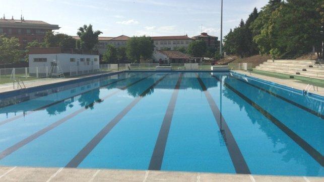 Las piscinas municipales de verano de la ciudad de toledo for Piscina municipal albacete