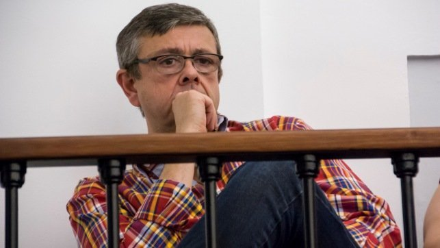 El portavoz de la Plataforma en Defensa de la Ley de la Dependencia de CLM, José Luis Gómez Ocaña, ha seguido el Debate sobre el Estado de la Región en las Cortes