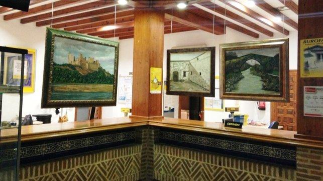 Correos inaugura la exposici n de pintura realista de for Oficina de correos toledo
