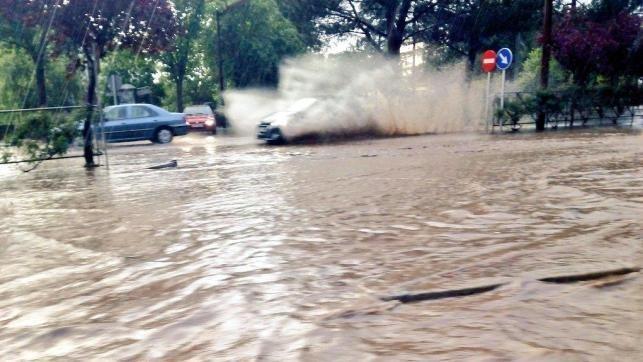 Dos familias desalojadas y pueblos afectados por inundaciones en Guadalajara