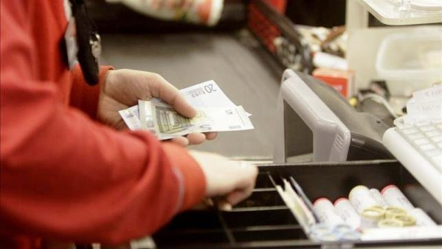 La confianza de los consumidores cierra 2016 en positivo