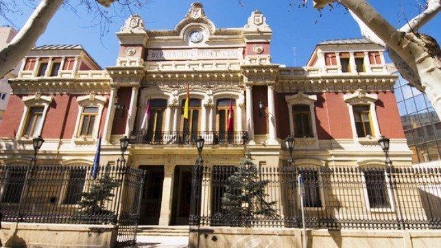 Diputación ofrece ayudas a los ayuntamientos de Albacete para el puesto de secretario