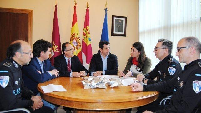 Ayuntamiento de albacete realizar 60 controles de drogas - Jefatura provincial de trafico de albacete ...