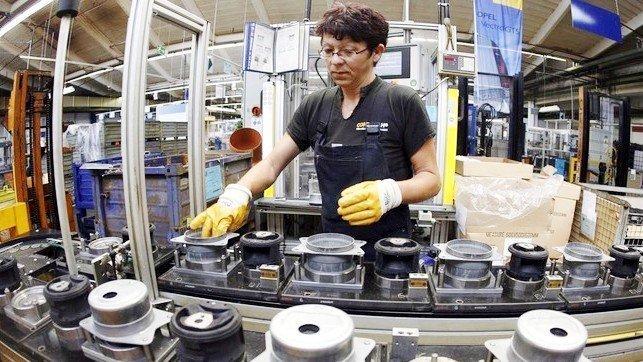 La producción industrial en Castilla-La Mancha cae el 11,8% en el mes de junio