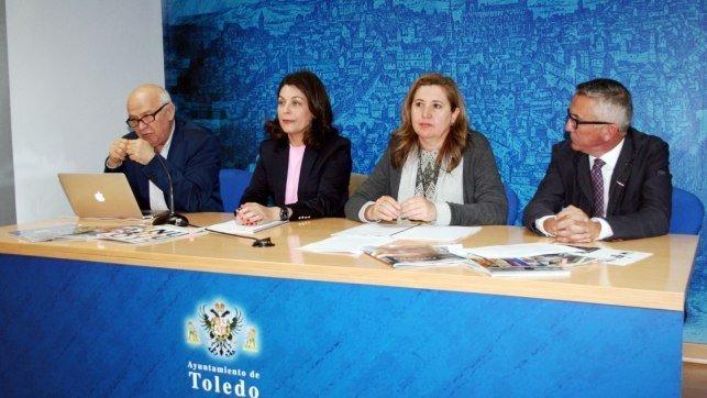 Las oficinas de turismo reciben un 30 m s de visitas con for Oficina de turismo de toledo capital