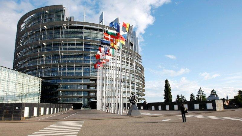 Resultado de imagen de comision peticiones bruselas