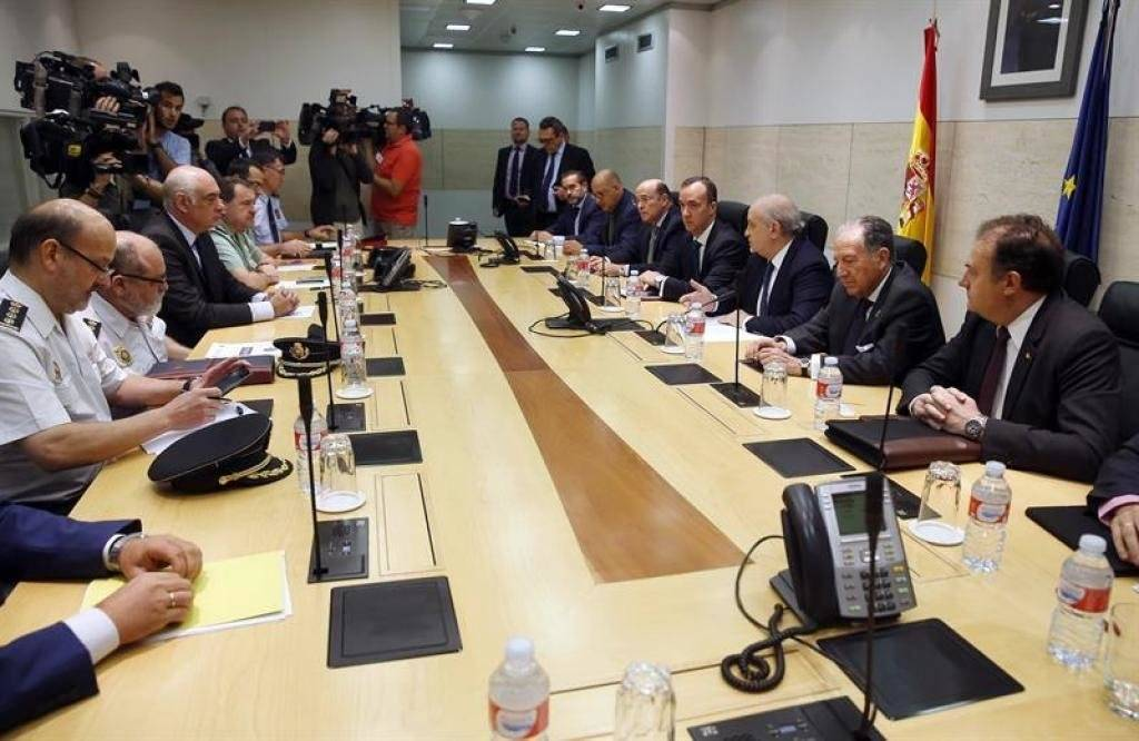 El gobierno de espa a reforzar la vigilancia en for Gobierno de espana ministerio del interior