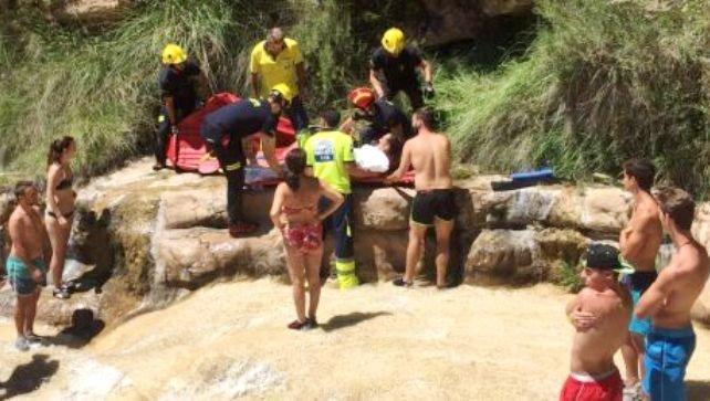 Rescatada una joven de 23 años tras una caída en 'Las Chorreras' de Enguídanos
