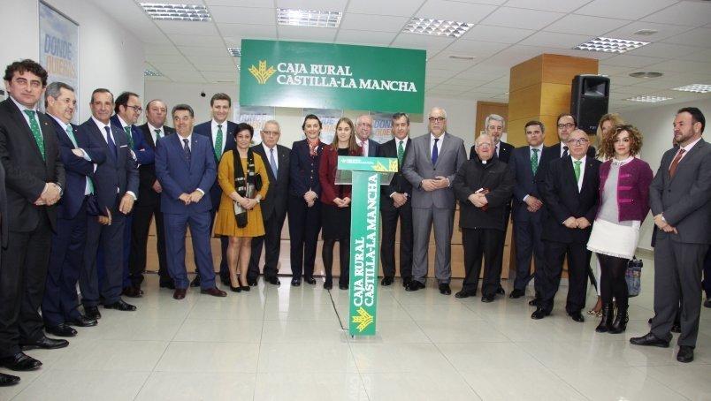 Caja rural castilla la mancha inaugura con xito su for Caja rural de toledo oficinas