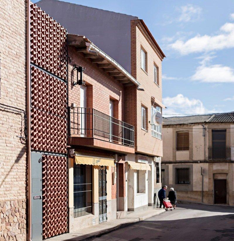 Una casa de clm entre las mejores obras del mundo Construir una pileta de ladrillos