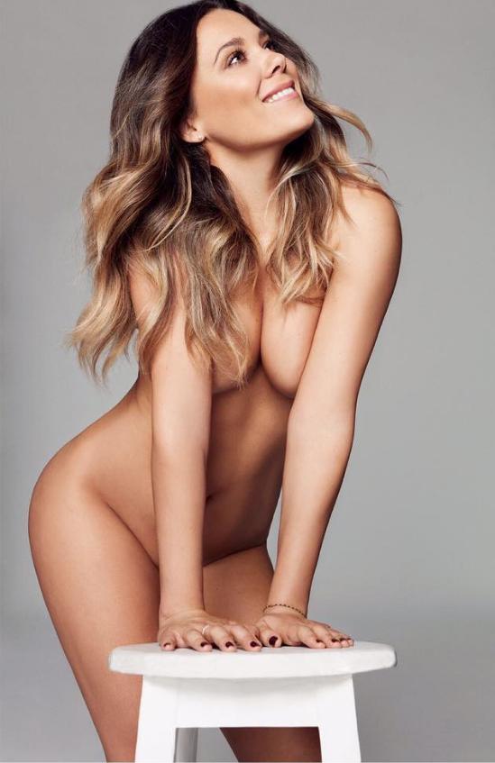 Una Ganadora De Operación Triunfo Se Marca Un Desnudo Integral