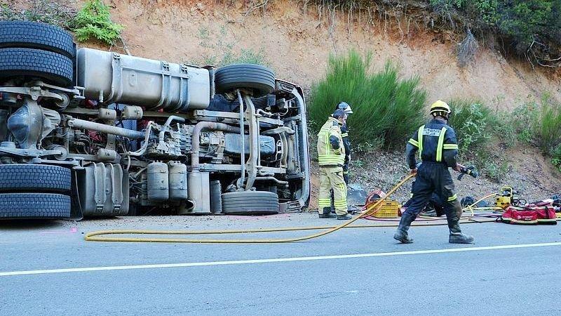 Accidente camión A-4