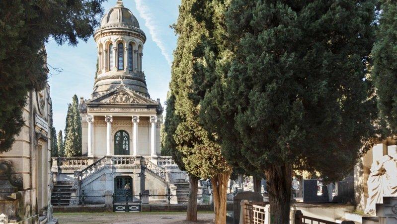 Organizan visitas para conocer la arquitectura y escultura for Arquitectura funeraria