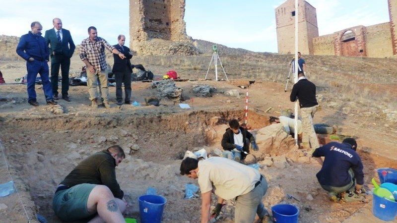 Diputación de Guadalajara participa en un proyecto de excavaciones en el castillo de Molina