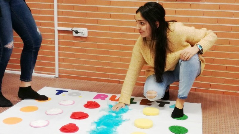 Juguetes Han Diseñado Terapia Ocupacional Que Alumnos Exponen De PkwTZOXiu