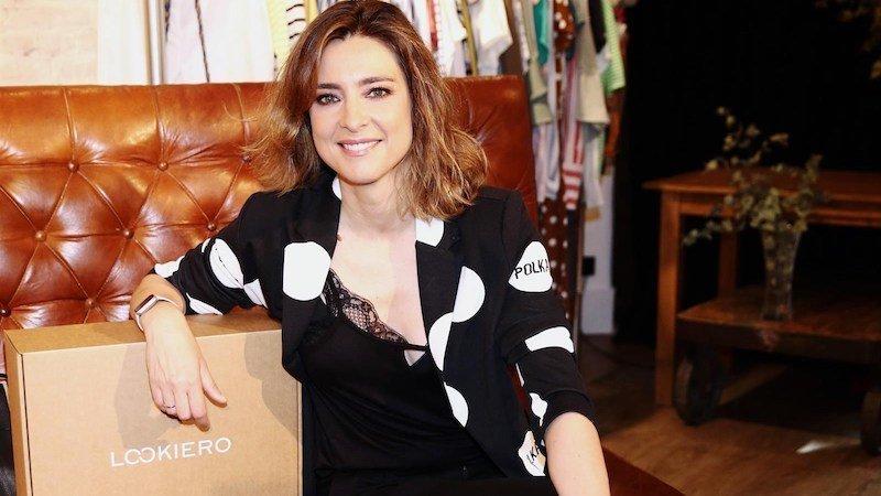 La Presentadora Sandra Barneda Posa Completamente Desnuda E Incendia