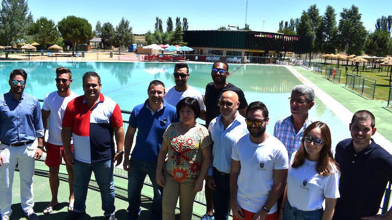 Las piscinas de las playas del vicario abren sus puertas for Piscina municipal ciudad real