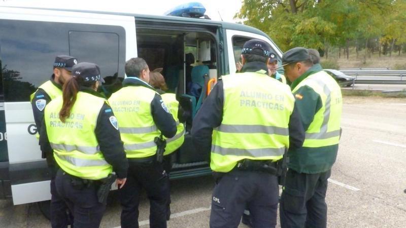 Junta forma a un centenar de polic as locales en detecci n - Jefatura provincial de trafico de albacete ...
