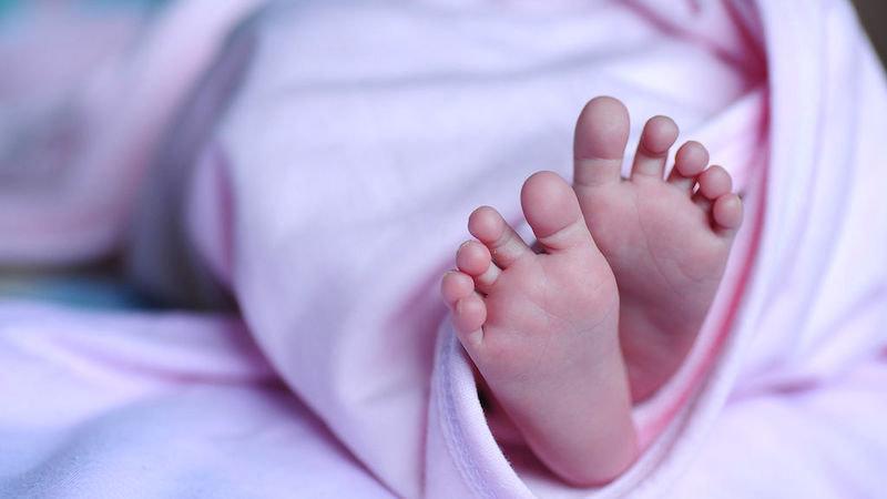 Muere una bebé esperando el medicamento que necesitaba: sufría atrofia muscular espinal