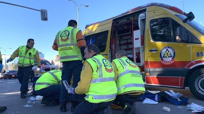 Muere una mujer de 47 años tras ser arrollada por un autobús al cruzar una calle