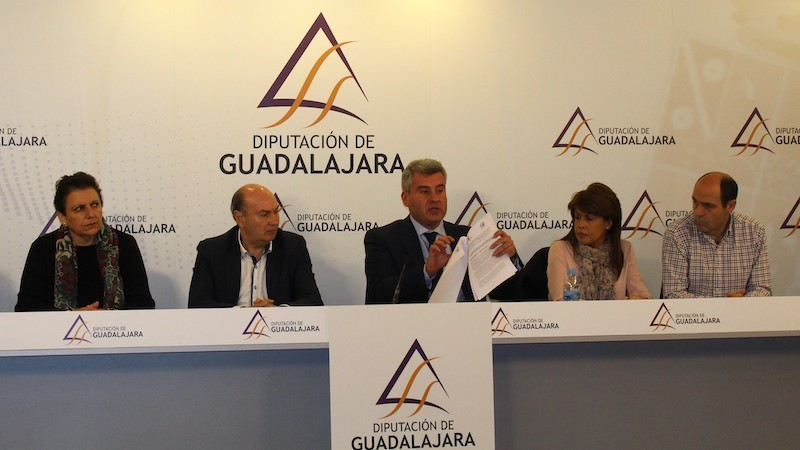 PP de Guadalajara acusa al Gobierno de la Diputación de
