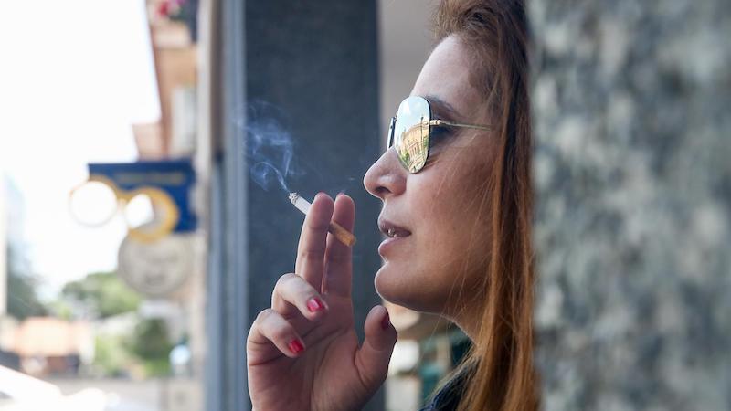 La OMS avisa de que el tabaco aumenta el riesgo de muerte por covid-19 pero no de infección