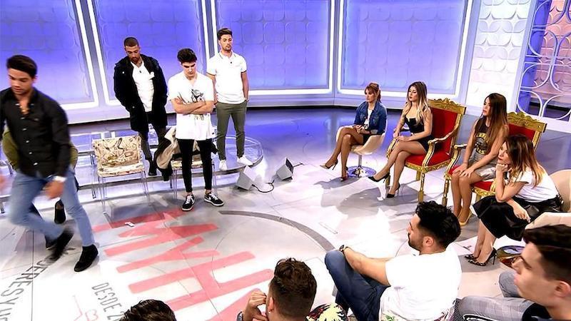 La agonía de MYHYV: deja Telecinco y queda relegado en