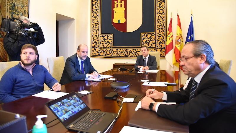 García-Page apoya las medidas adoptadas por el Gobierno y que sean igual para todos