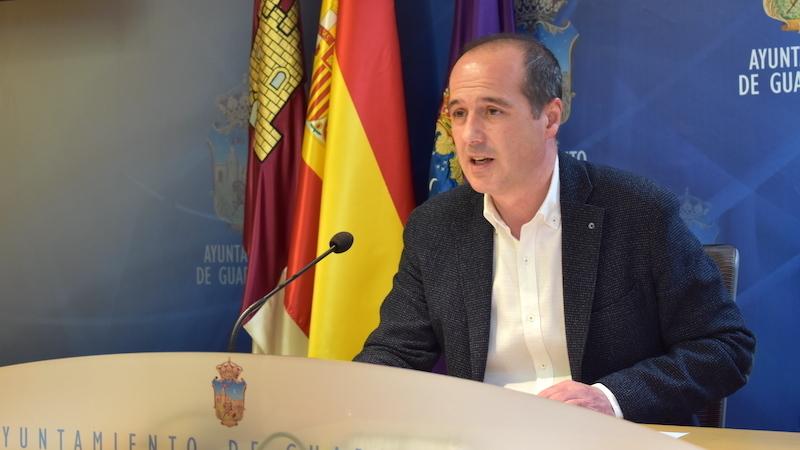 El alcalde de Guadalajara abordará con agentes sociales la recuperación económica y social